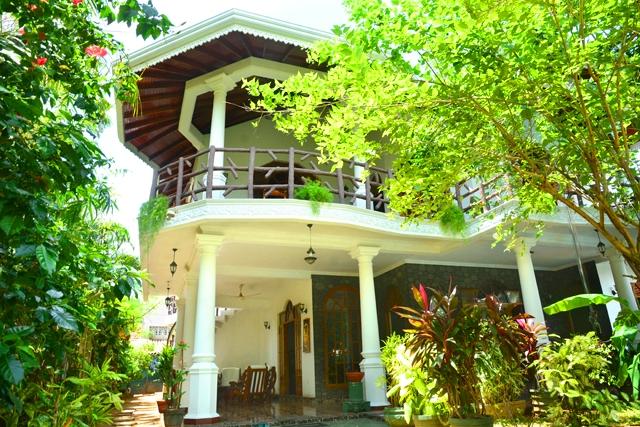 Ayurveda Villa versteckt im Garten
